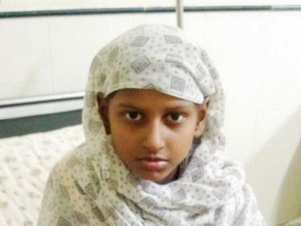 8 Years Old Sakshi Malvaya Needs Your Help Fight Ewing's Sarcoma