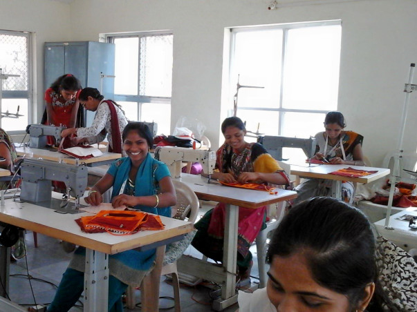 skill training to tribal women