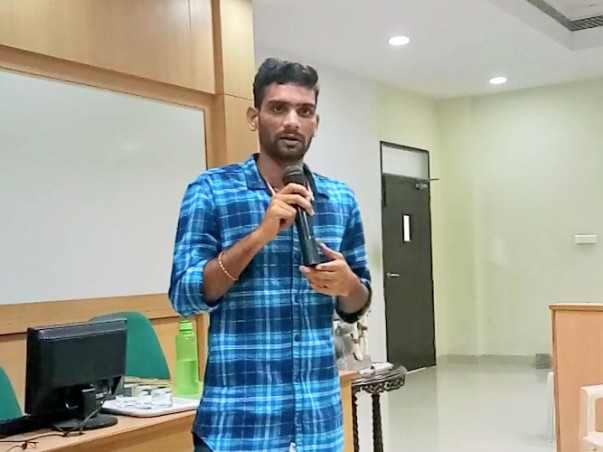 Help naveen a farmer son  for higher studies