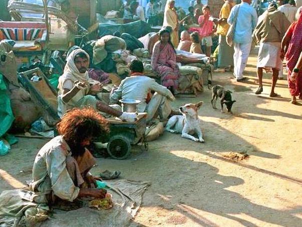 Help us give Free Health Checkup & Medicines to Sick-Poors of Varanasi