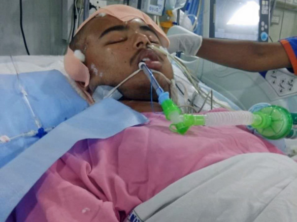 Help Naveen For His Medical Expenses