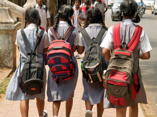 Cervical Cancer Vaccinations for 1000 Underprivileged Girls in Pune