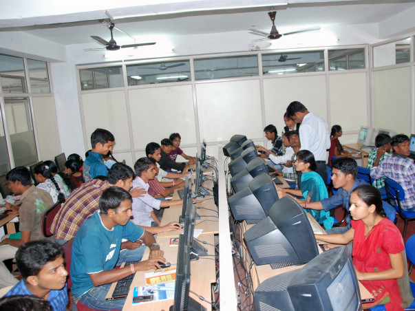 Sponsor a Deaf Student for Computer Training