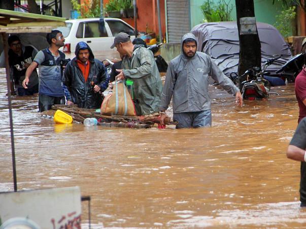 Help north karnataka flood victims #saveourbelgaum