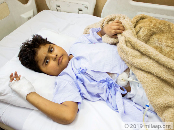 This Salesman Is Struggling To Save His 8-year-Old's Life