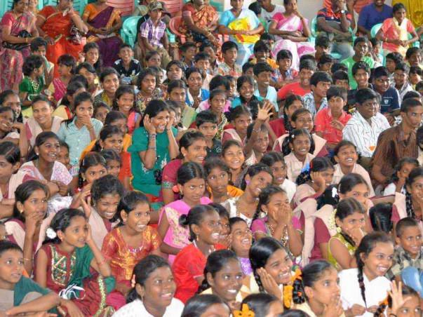 Diwali celebrations for 1500 kids across Govt Homes & Orphanages