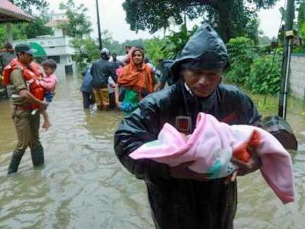 Kerala Flood Relief Fund By TCS Kochi Volunteers