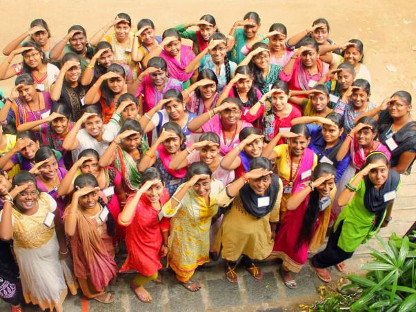 Help 1000 Girls Achieve their Life Goals