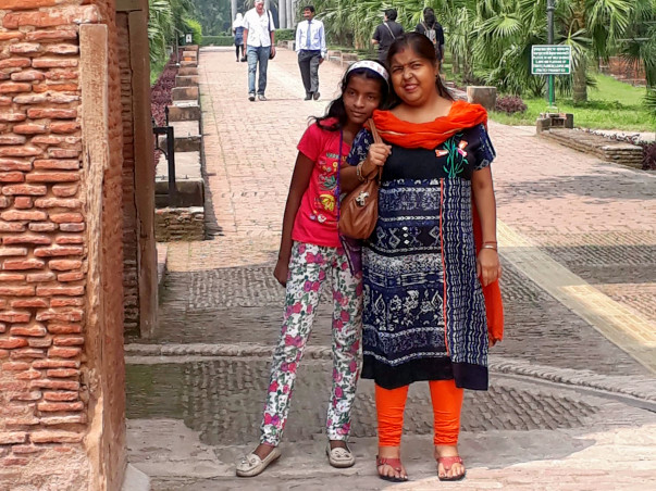 Help Suvrakhi Undergo Kidney Replacement