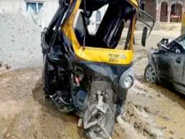 Support To Secure Poor Auto Rickshaw Men & Women