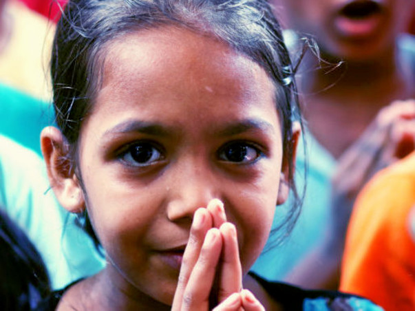 Support Muskurahat Foundation and gift the children a Better Future.