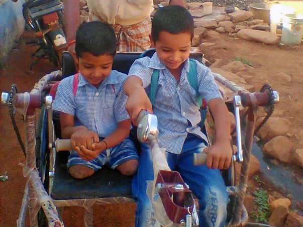 Support 6 year Rehan for artificial legs who lost legs due to accident