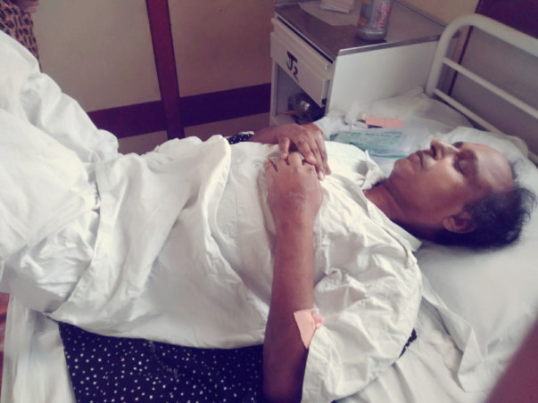 Help My Father sudhir Mishra for diabetes treatment.