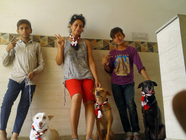 MY 3 ADOPTED DOGS CAN'T LIVE WITHOUT MAMA, FUNDS 2 FLY THEM TO AMERICA