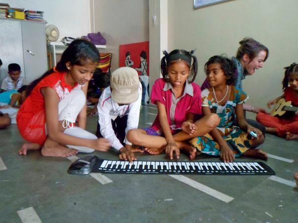 Atma for Dharavi Art Room's MusicWallahs