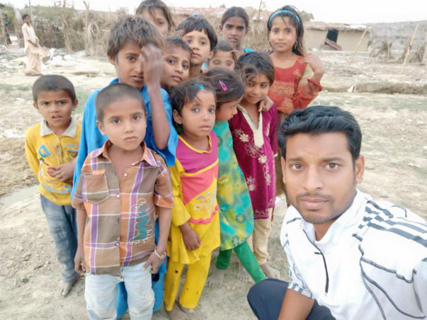 Help Adarsh Nagar Migrants Rebuild Their Lives