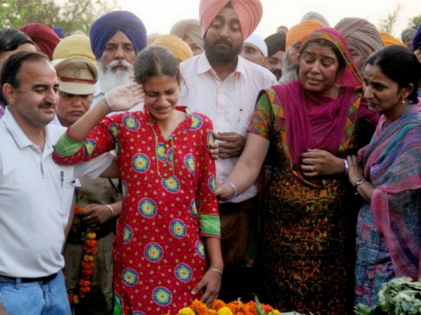 Help FAMILIES of the CRPF Martyred to get medical claims.