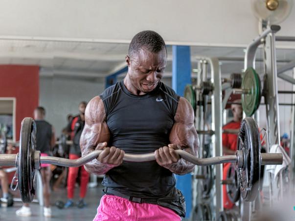 Help Hondi Participate in Dubai's Fitness Show