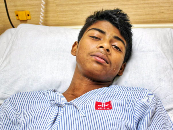 Farmer Who Makes Less Than Rs. 75/day Cannot Save Son From Cancer