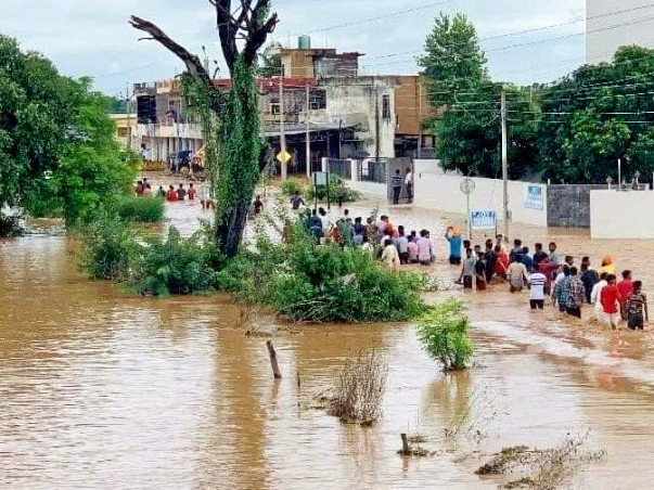 Help  Punjab ( Punjab badly affected by floods )