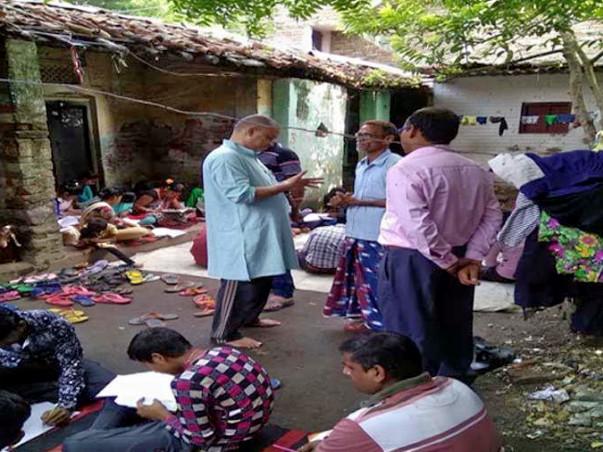 Donate to establish a community library for slum children