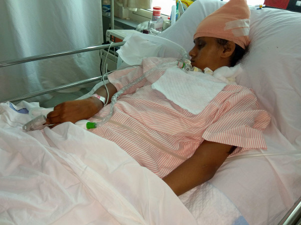17-year-old Pooja who met with a serious road accident needs help