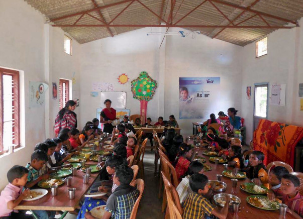Help 49 Children to have nutritious food