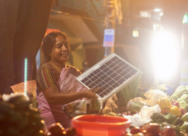 Let's Be Po-Lite This Diwali - Help Me Empower Women Street Vendors