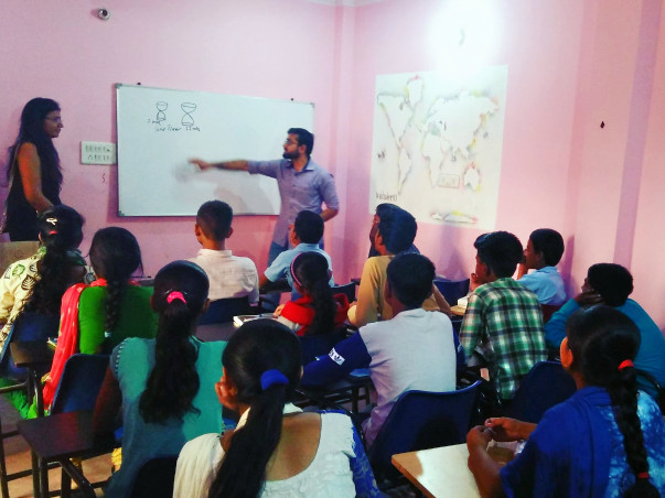 Help Gyankunj Provide Computer Education To Underprivileged Kids.