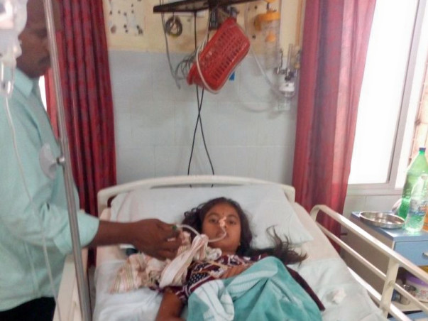 Help 16-Year-Old Roja Rani Fight Battles In The Hospital