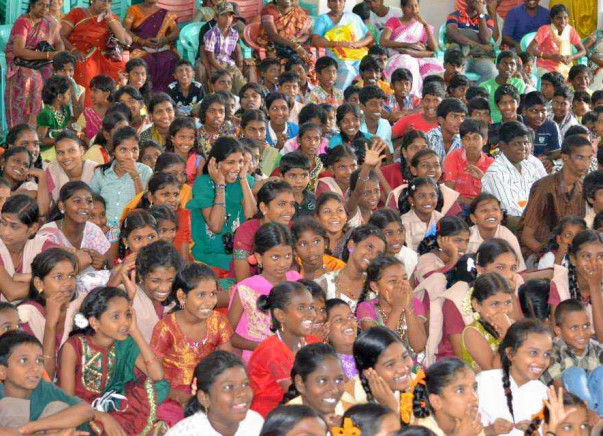 Diwali celebrations for 1500 kids across Govt Homes & Orphanages