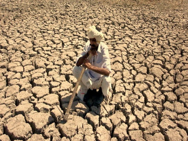 Help provide water to drought-struck villages in Maharashtra