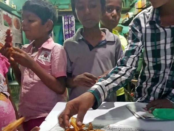 Joy of Giving - A smile for a smile - Ramadan 2019