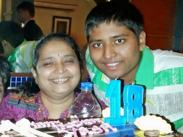 Help Hemali Fight Against Cancer And Live For Her Son
