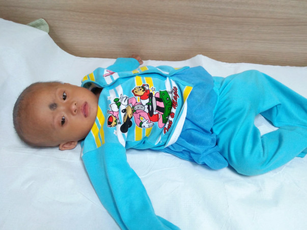 Help This 10-Month Old Child Have A Heart Surgery