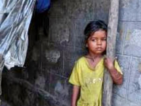 अब अनाथो से बत्तर जिंदगी जी रहे है मासूम मदद करने के लिए क्लिककरें