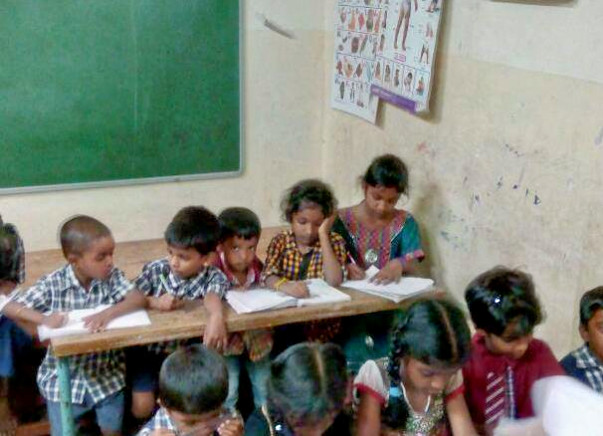 English Lessons And Creative Thinking For Girls Of Government School