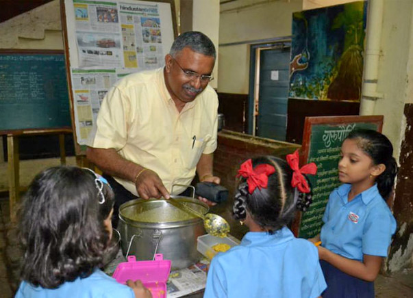 Sponsor nutritious meal to underprivileged school kid for Rs. 2 a meal
