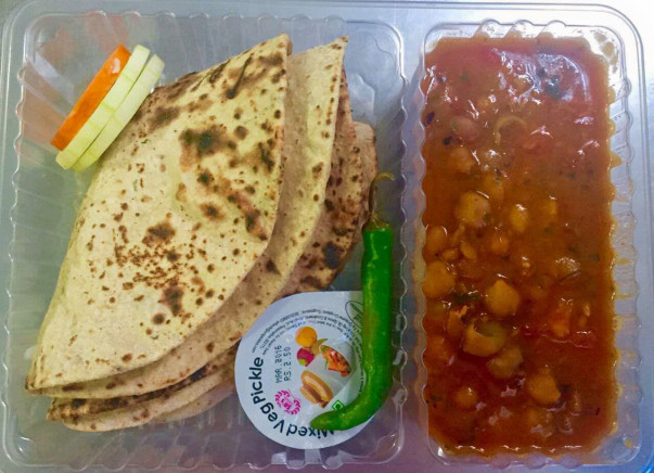 Rasoi On Wheels: Help feed the hungry at slums and orphanages