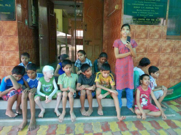 Raising for Washing Machine for Blind Kids