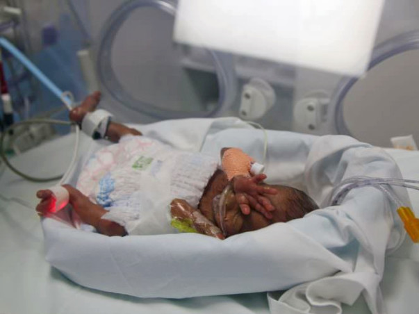 Help Sarmistha Save Her Premature Twin Babies