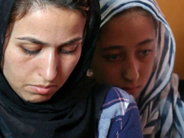 Help the Afghan Refugee Family in Delhi
