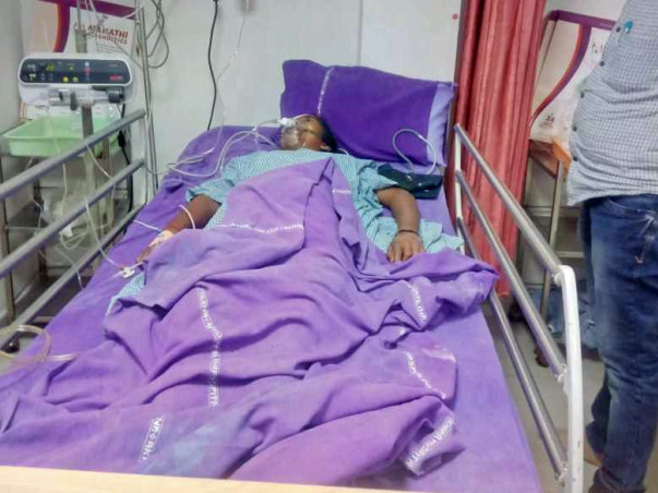 Help Meena and Parvathi, school going kids fighting for their life