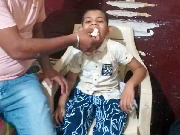 Suyash suffering from cerebral palsy
