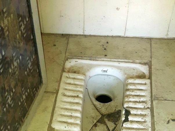 Construct toilets for girls in Aadarsh Vidyamandir, Wada, Palghar Dist
