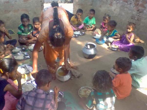 Sponsor Midday Millet Meal For 143 Kids in Hamlets