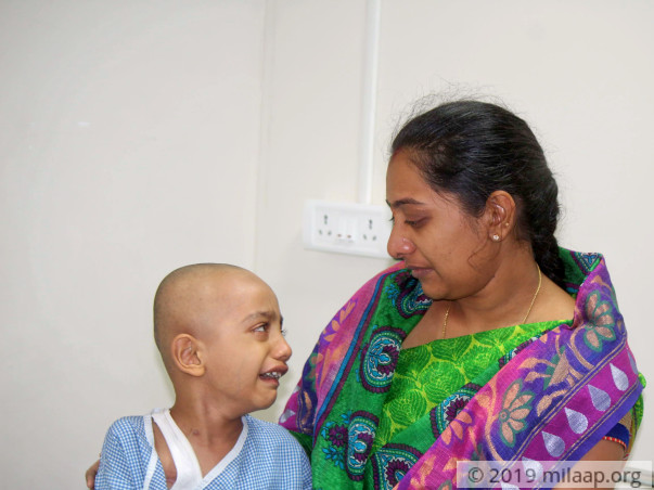 4-Year-Old's Rare Cancerous Tumour In His Chest Will Spread Rapidly