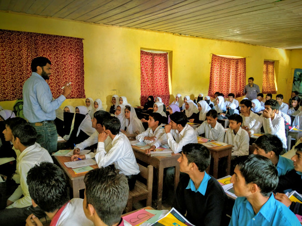 Cm's Super 50: Help Kashmiri Students Study At India's Best Colleges