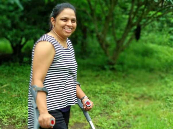 Help Manasi Walk Hassle free