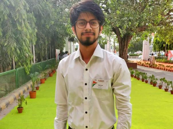 Help Mohit Attend International Careers Festival & GOBI